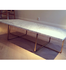 Ninety Table XL - Carrara marmor/svartlackerad metallstomme H30 cm