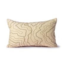 Cream Pude m/stitched lines 30x50 cm