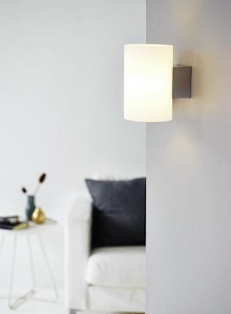 Evoke vägg krom/vit glas E14
