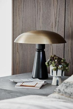 Bordslampa Thane Svart/Mässing