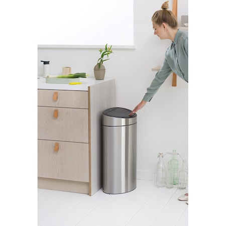 Touch Bin, plastinderspand 40 L Matbørstet Stål