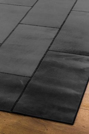 Leather Svart Matta 90x210