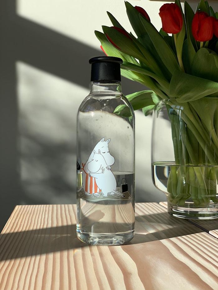 DRINK-IT Mummi Vannflaske Svart 0,75 L
