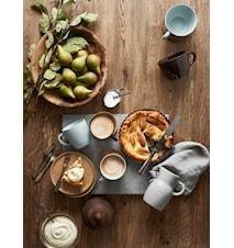 Höganäs Keramik Kahvimuki 33 cl puualustalla kuura matta