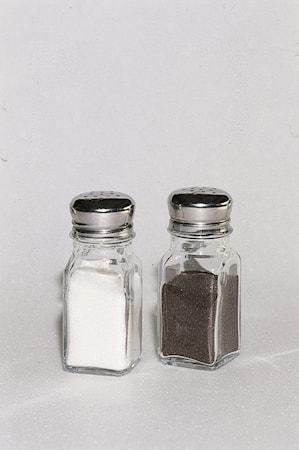 CASTOR Salt/Pepparströare Klar