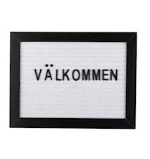 Bokstavtavle svart ramme hvit filt 16,2 x 21,3 x 2 cm