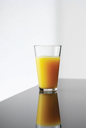 Café vesilasi korkea 32,5 cl