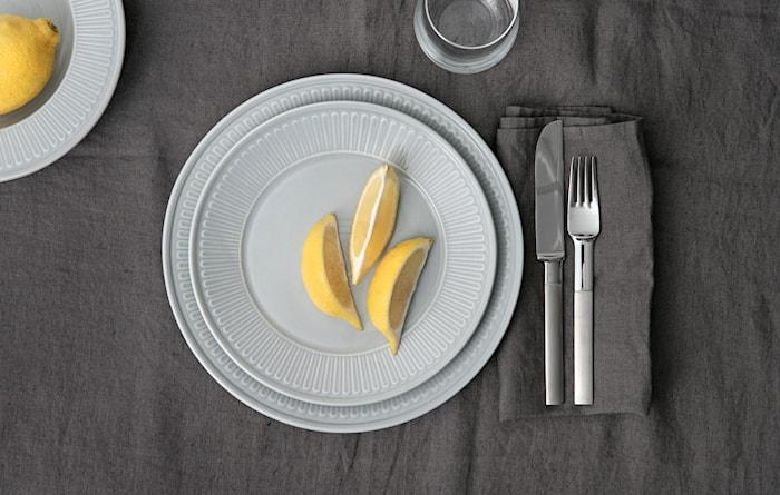 Fålhagen Plates 4 pack 27 cm Light gray