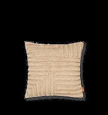 Crease Wool Kudde Light Sand