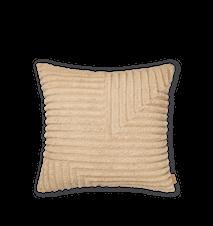 Crease Wool Kudde Large  Light Sand