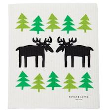Moose in the forest tiskirätti