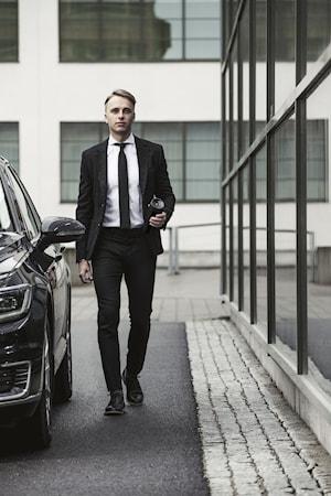 Bilmugg låsbar tryckfunktion svart
