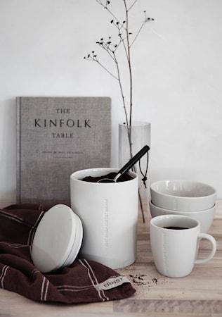 Kahvimitta puukahvalla