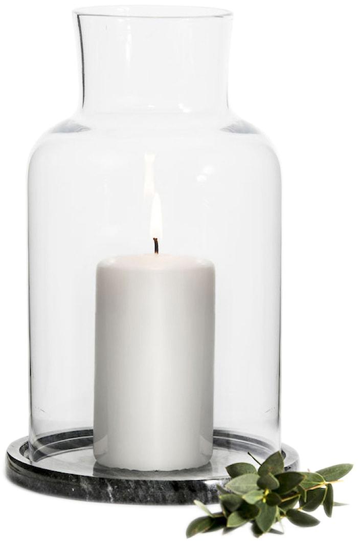 Ljuslykta med marmorbotten