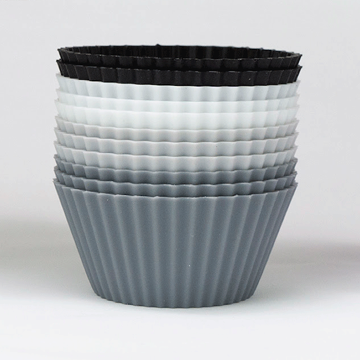 Muffinsformer, svart–hvit–grå, 12-pakning