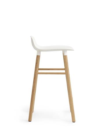 Form Barstol Blå/Ek 65 cm