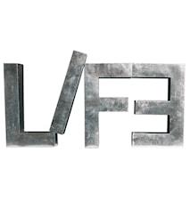 Metallvetica bokstav